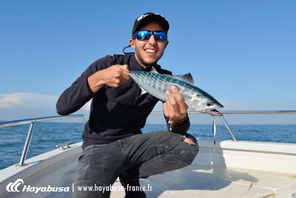 beaucoup de poissons avec le jackeye shot Hayabusa