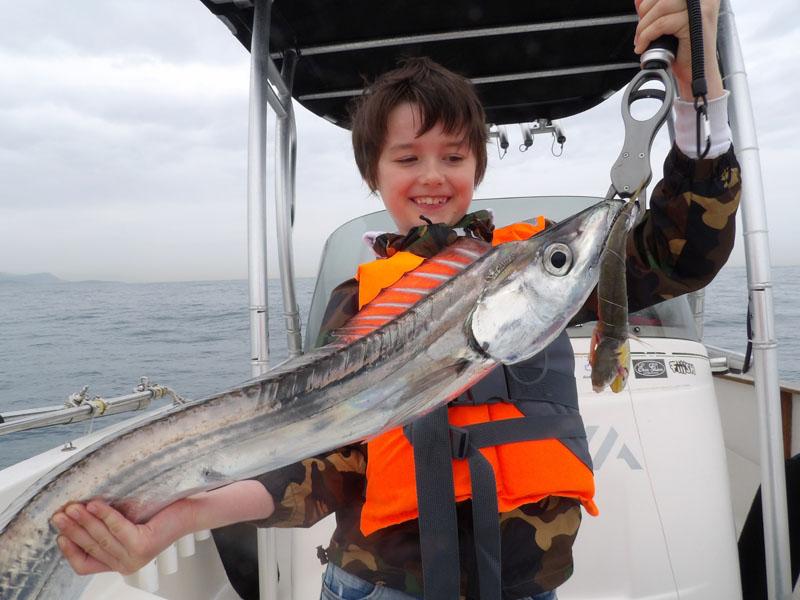 Lucas (10 ans !) avec un magnifique sabre pris au Tenya Sabre !